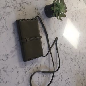 Fossil crossbody wallet